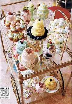 Tea Cart full of lovely Pastries! I think I need to get myself a tea cart! Tea Party Table, Tea Cart, Tea Trolley, Serving Trolley, Drinks Trolley, Little Lunch, Afternoon Tea Parties, High Tea Parties, Vintage Tea Parties