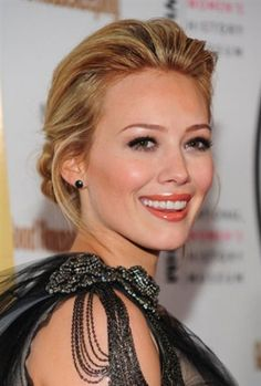 People talk worse about people than they talk good about people, because a lot of people like drama. Hilary Duff