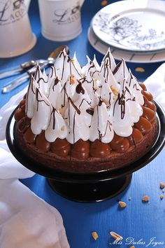Tarta brownie con dulce de leche, merengue y cacahuetes - Mis Dulces Joyas Brownie Cake, Sweet Cakes, Nutella, Flan, Pie Recipes, Chocolate Cake, Cheesecake, Baking, Desserts