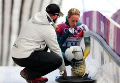 Lucy Chaffer of Australia reacts as she finishes a run during the Women's Skeleton heats (c) Getty Images