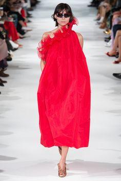 5323e1ed18 Stella McCartney Spring 2018 Ready-to-Wear Fashion Show Collection Stella  Mccartney
