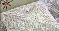 Olá!!!   Essa capa de almofada é muito linda!!!   Espero que gostem!!!   Bjs...               CLIQUE NAS IMAGENS PARA AMPLIAR.       Gostou...