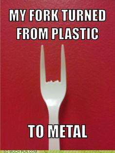 Hard Rock Cafe Tweets About Bad Food