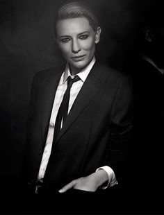Cate Blanchett channels her androgynous look for the March 2014 edition of L'Uomo Vogue. via MailOnline Cate Blanchett, Androgynous Women, Androgynous Fashion, Photographie Portrait Inspiration, Drag King, Foto Casual, Hair Cover, Masculine Style, Vogue
