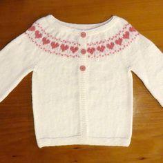 Little Hearts Knitting pattern by Maria Montzka Baby Sweater Patterns, Baby Cardigan Knitting Pattern, Arm Knitting, Baby Knitting Patterns, Baby Patterns, Baby Pullover Muster, Toddler Sweater, Christmas Knitting Patterns, Dress Gloves