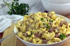 Creamy and Cheesy Instant Pot Homemade Hamburger Helper will not disappoint anyone all done in one pot in only 4 minutes. Homemade Lasagna, Homemade Pasta, Instant Pot Pressure Cooker, Pressure Cooker Recipes, Pressure Cooking, Slow Cooker, Easy Tuna Recipes, Homemade Hamburger Helper, Hamburgers