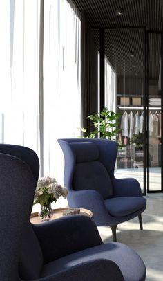 W oparciu o Państwa wytyczne co do zakresu projektu, rodzaju i metrażu lokalu oraz jego lokalizację przygotowana zostanie przez nas wycena prac projektowych. Wingback Chair, Armchair, Accent Chairs, Furniture, Design, Home Decor, Interiors, Sofa Chair, Upholstered Chairs