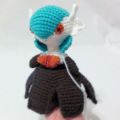 i crochet things: Pattern: Mega Gardevoir Amigurumi