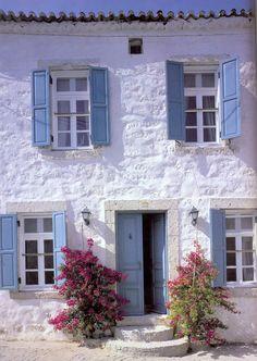 Framework Santorini by Vincenzo Abbot Greek Decor, Greek House, Stone Houses, Farmhouse Plans, Coastal Homes, House Goals, Windows And Doors, Santorini, My Dream Home