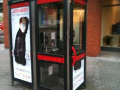Justin Beiber so popular that @JCDecaux_UK #StreetTalk losing their top panels for bedroom walls!