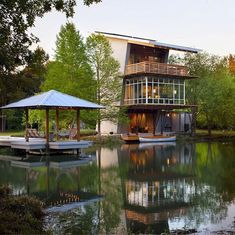 The pond house at ten oaks farm by holly & smith architects in LA