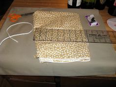 I wanted to create a doggie bag that is sturdy and wouldn't hang too low from the waist of the human. I also wanted to sew it as simply as p. Dog Treat Pouch, Treat Bags, Doggie Bag, Dog Treats, Christmas Stockings, Sewing Crafts, Craft Projects, Bows, Goodie Bags