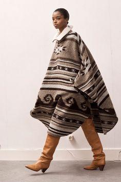 ¨¦toile Isabel Marant Fall 2020 Ready-to-Wear Fashion Show - Vogue Milan Fashion Weeks, Fashion 2020, New York Fashion, Fashion News, London Fashion, Luxury Fashion, Fashion Brands, Vogue Paris, Stockholm Street Style