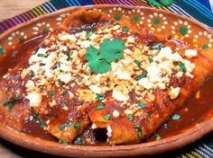 Enchiladas de Queso (Cheese Enchiladas) for QueRicaVida.com (Recipe in español) - Recipes by Leslie