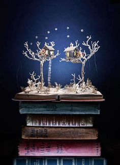 Dreamy christmas recycled paper art by Su BlackWell. #art #paper #recycled