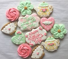 Royal Icing Mother S Day Sugar Cookies - The Cake Boutique Mother's Day Cookies, Iced Cookies, Holiday Cookies, Cookies Et Biscuits, Frosted Cookies, Gourmet Cookies, Decorated Cookies, Flower Sugar Cookies, Sugar Cookie Royal Icing