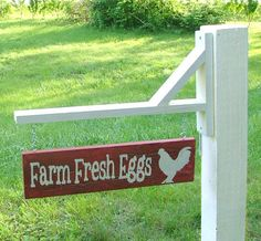 Make a post like this with plaques to hook together for a farm stand.