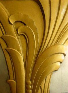 Art Deco swirl