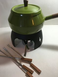 Vintage Olive green fondue set. New vintage By by aPEACEofCLOTHING