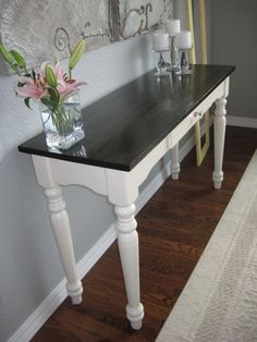 hall table - we need something like this to drop off mail, keys, etc. but I need to fit a small chair/stool underneath too. Refurbished Furniture, Paint Furniture, Repurposed Furniture, Furniture Projects, Furniture Makeover, White Entry Table, White Sofa Table, Furniture Restoration, Halle