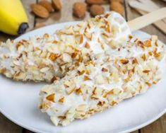 Banane glacée au fromage blanc et aux amandes : http://www.fourchette-et-bikini.fr/recettes/recettes-minceur/banane-glacee-au-fromage-blanc-et-aux-amandes.html