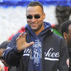 Google Image Result for http://www.nypost.com/rw/nypost/2009/12/01/pagesix/photos_stories/cropped/derek_jeter--300x300.jpg