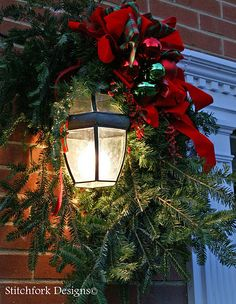Pottery Barn Christmas has its trends. Pottery Barn this year I& seeing some I am particularly happy about. Christmas Porch, Noel Christmas, Merry Little Christmas, Outdoor Christmas Decorations, Country Christmas, Winter Christmas, Christmas Lights, Christmas Wreaths, Christmas Crafts