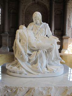 Jan Fabre 'Pietà'