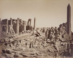 Archaeoart - Temple ruins and obelisks at Karnak, Egypt, circa. Old Egypt, Ancient Egypt, Ancient History, Art History, Pearl Harbor, Rey George, Temple Ruins, Archaeological Discoveries, 17th Century Art
