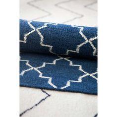 New Geometric matto, indigo/valkoinen – Chhatwal & Jonsson – Osta kalusteita verkossa osoitteessa RO