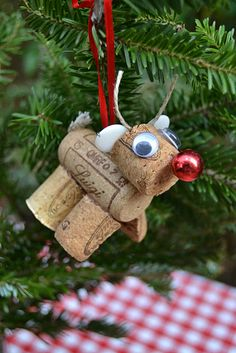 "Several cute ideas using wine corks including a reindeer, a Christmas ""tree"" ornament, and a coaster."