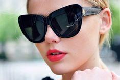e5b6a2bc44e  viaGlamour Gucci Sunglasses