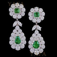 """VAN CLEEF AND ARPELS Diamond and Emerald Earrings.......#ForSale #vca #VanCleefandArpels #vancleef #EstateJewelry #vintage #VintageJewelry #signedjewelry #AntiqueJewelry #invest  #collect #emerald #earrings"" Photo taken by @vintagesignedjewels on Instagram, pinned via the InstaPin iOS App! http://www.instapinapp.com (11/03/2015)"