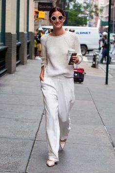 Fashion Tips Clothes .Fashion Tips Clothes Fashion Pants, Fashion Outfits, Womens Fashion, Fashion Tips, Fashion Trends, Fashion Weeks, Modest Fashion, White Fashion, Look Fashion