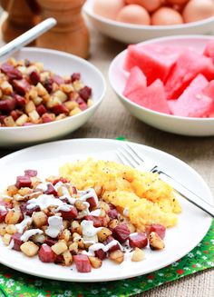 Corned Beef Hash with Creamy Horseradish Sauce!! via @Sommer   A Spicy Perspective