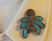 Felt and Zipper pin