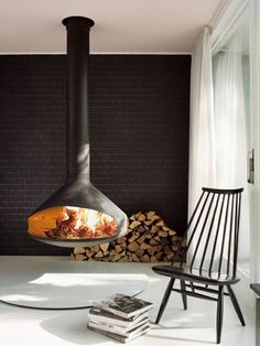 Ergofocus by Focus Creation - On display at ICFF in New York May 21st-24th. #suspendedfireplace #firepace #modern #ultramodern #art #ICFF #focuscreation
