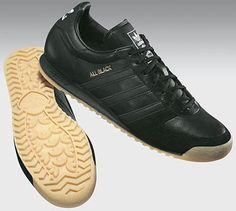adidas all black - The holy grail