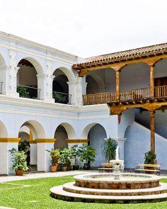 Antigua | Guatemala (by Samuel Ludwig)