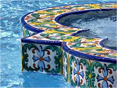 Repinned by Anna Marie Fanelli - www.annamariefanelli.com Small Backyard Pools, Small Pools, Swimming Pools Backyard, Swimming Pool Designs, Backyard Ideas, Spanish Revival Home, Spanish Style Homes, Waterline Pool Tile, Ideas De Piscina