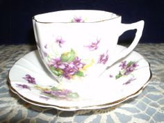 WINDSOR BONE CHINA TEACUP & SAUCER LILAC PATTERN HEXAGON CUP