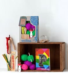 Kids just want to have fun, and they will with this creative box of entertaining goodies. With all the supplies needed for fun play, this kit ensures little darlings get to use their imagination and natural creativity in a variety of fun activities.
