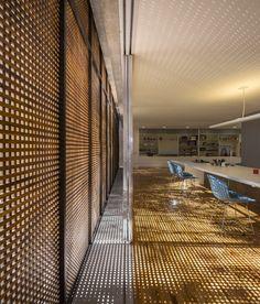 Estudio R / Studio – Marcio Kogan Studio R / Marcio Kogan – Plataforma Arquitectura Bauhaus, Studio Mk27, Loft Studio, Detail Architecture, Interior Architecture, Photographic Studio, Decoration Design, Design Awards, Cladding