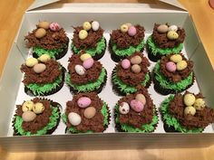 Diva Cupcakes, Muffin, Breakfast, Desserts, Food, Morning Coffee, Tailgate Desserts, Deserts, Essen