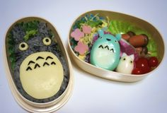 How to make Totoro bento! My food in totoro form! What could be more perfect for lunchtime? Kawaii Bento, Cute Bento, Bento Tutorial, Totoro, Studio Ghibli, Japanese Bento Box, Bento Recipes, Bento Ideas, Food Ideas