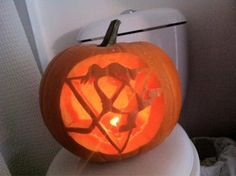 Thanks to #Pens fan @brendenwright7 for this #HockeyHalloween pumpkin!