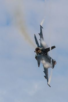 F-2A_03-8505