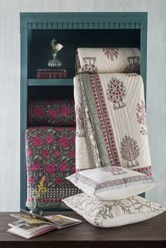 FERGANA BAGH MUSLIN QUILT The Fergana #DesignCollection is inspired by the flowering fruit trees of the Fergana valley. An exquisite muslin quilt created by master craftsmen. From the quality of its print that evokes an orchard to the fine quilting pattern and details of its striped flange, this luxurious Jaipur razai is filled with fluffy cotton in the traditional way. It is very light and surprising warm. Shop the quilt on our #WebBoutique . #BedStories