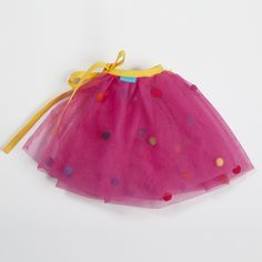 Tutú Rosa con borlas de venta en: http://shop.fiestascoquetas.com