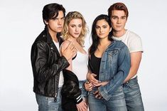 "6,265 Likes, 22 Comments - riverdale updates  (@itsbettyandjughead) on Instagram: ""New/old photo of the cast for entertainment weekly ❤️"""